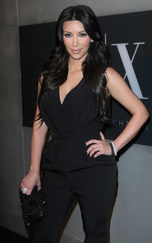 Kim Kardashian en la Fiesta de ELLe Kim-di10