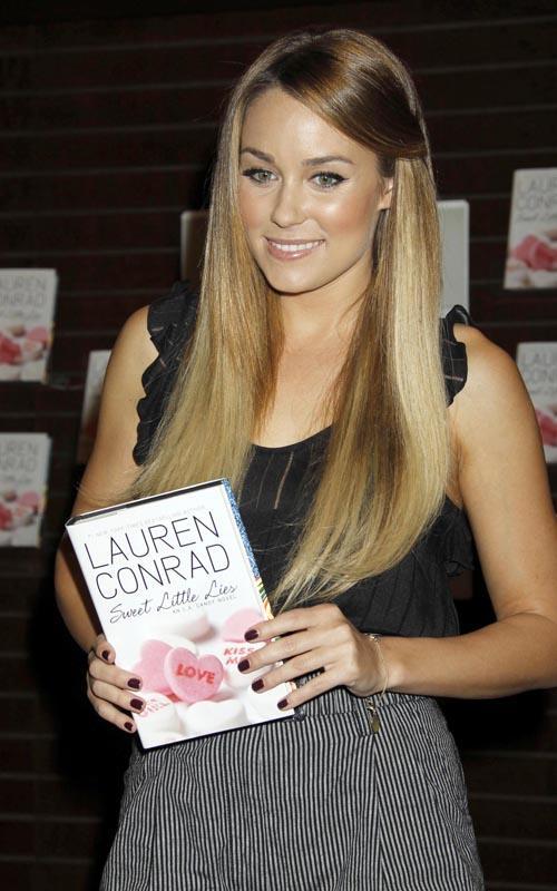 Lauren Conrad en su firma de libros Lauren10