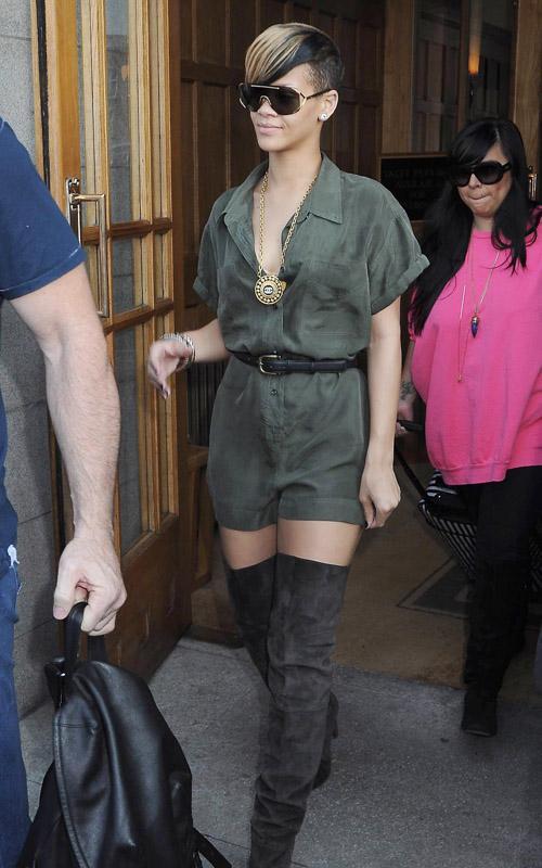 Rihanna paseando por Dublin Rihann12