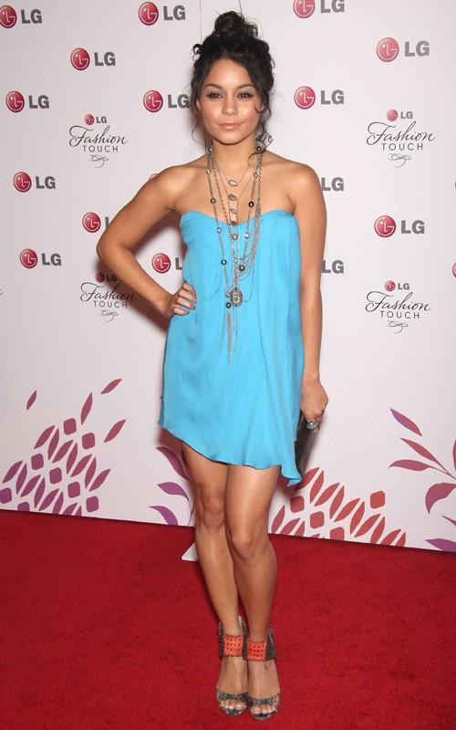 Vanessa Hudgens en un evento de LG Vaness15