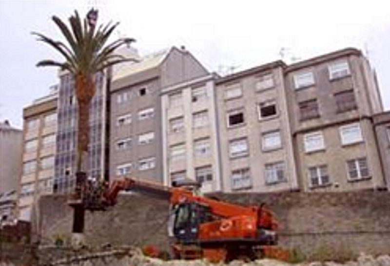El final del cuartel de San Amaro 2002-810