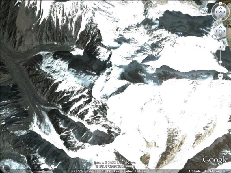 Les points culminants du monde vus avec Google Earth Afghan10