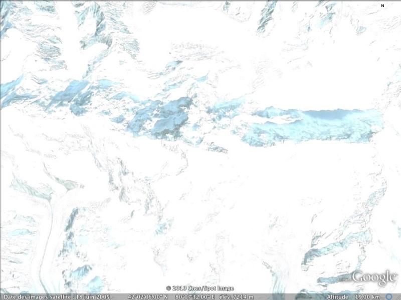 Les points culminants du monde vus avec Google Earth Kirghi10