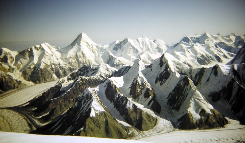 Les points culminants du monde vus avec Google Earth Kirghi12
