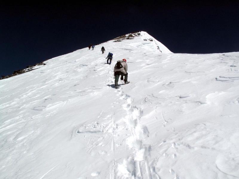 Les points culminants du monde vus avec Google Earth Tadjik13