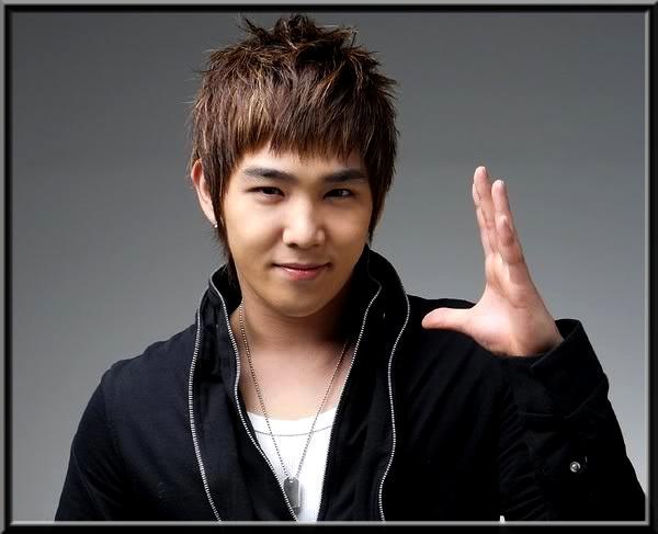 김영운 (Kim Young Woon) Sans_t17