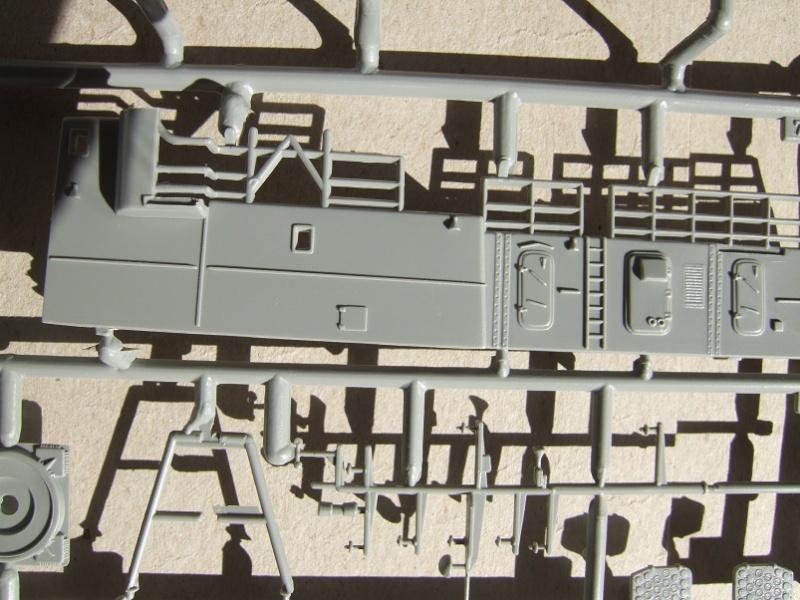 [Revell] Fast Attack Boat GEPARD-KLASSE (143A) 1/144 Dscf2512