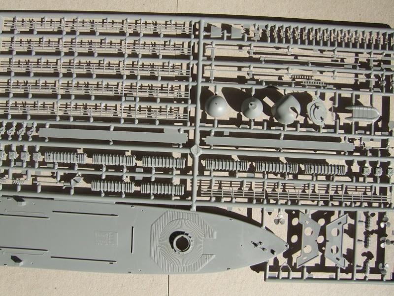 [Revell] Fast Attack Boat GEPARD-KLASSE (143A) 1/144 Dscf2515