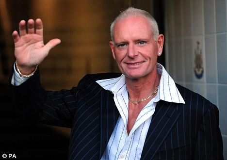 Paul Gascoigne - What has become of him. Gazza210