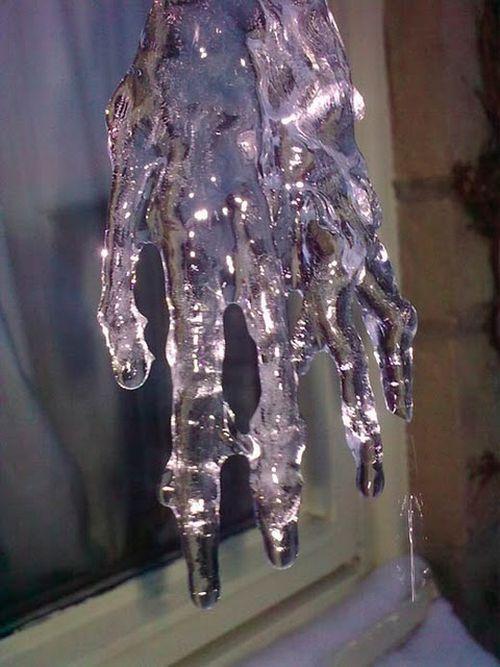 icicle hand Icicle11
