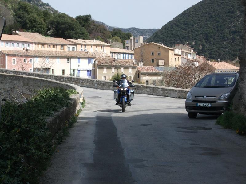 Vos plus belles photos de moto - Page 4 Dscf0710