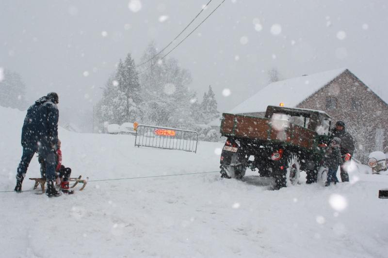 unimog à la neige Img_1811