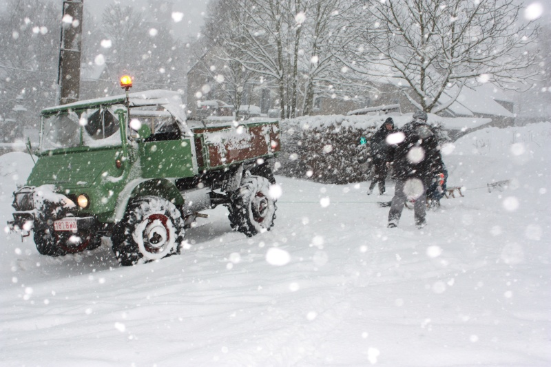 unimog à la neige Img_1812