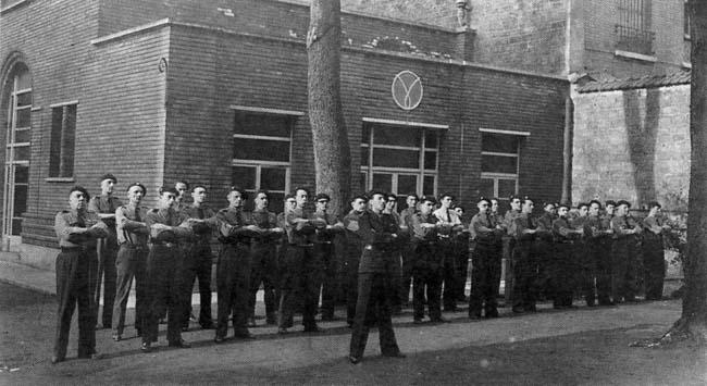La force d'ordre de Vichy  - La Milice Milice10