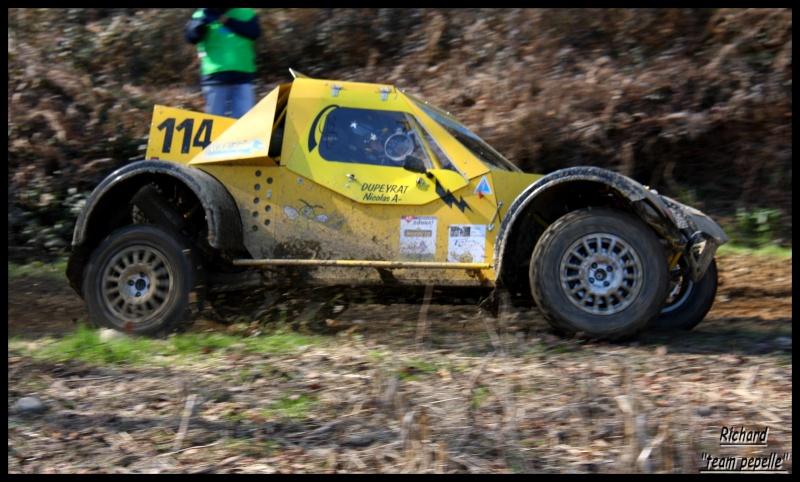 recherche photos du tomawak jaune n°114 de hélin/dupeyrat No_11410