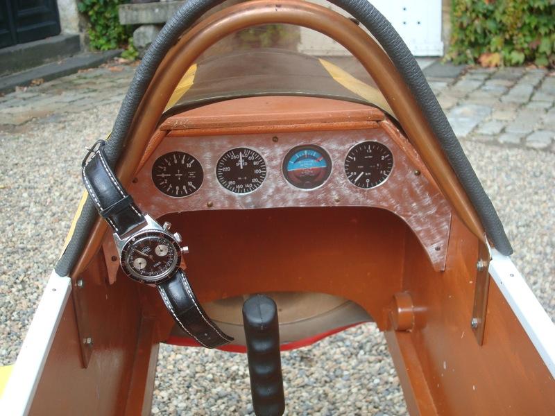 Breitling - La montre de pilote du jour - Page 18 Dsc03913