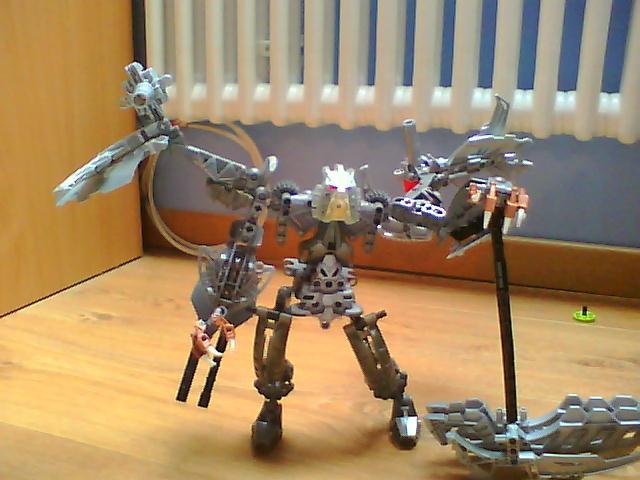 [Moc] guerrier mécanique V1 , V2 et V3 Pictur22