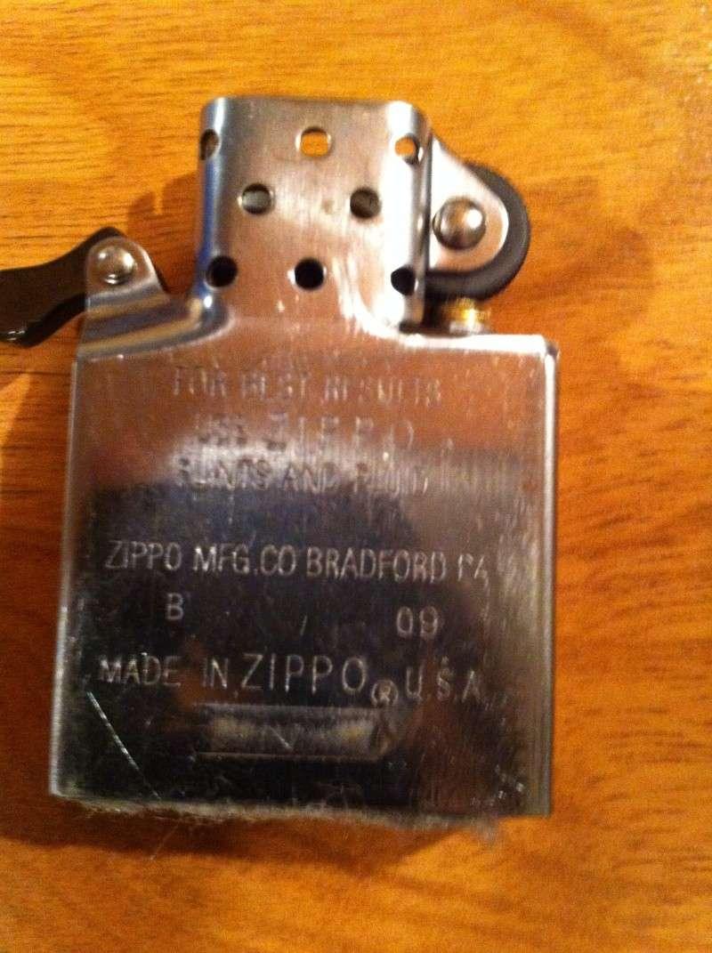 faux - Zippo: un vrai ou un faux ? Img_0111