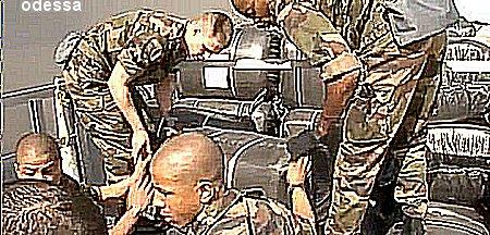 Les photos de la honte :Alqaeda et l'Aqmi remercie  les occidentaux ? Snap4f10