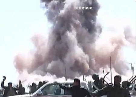 mimouni - Les photos de la honte :Alqaeda et l'Aqmi remercie  les occidentaux ? Snapc10