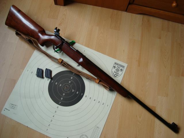 US Small Bore (22lr) History : Remington: 513 T, Mod 37, 40x  VS  Winchester 75, 52 Dsc00734