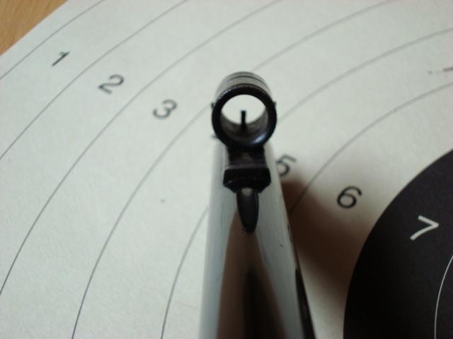 US Small Bore (22lr) History : Remington: 513 T, Mod 37, 40x  VS  Winchester 75, 52 Dsc00740