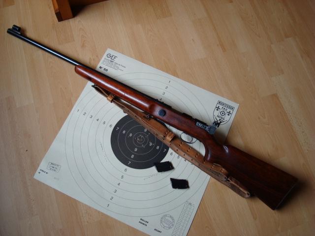 US Small Bore (22lr) History : Remington: 513 T, Mod 37, 40x  VS  Winchester 75, 52 Dsc00742