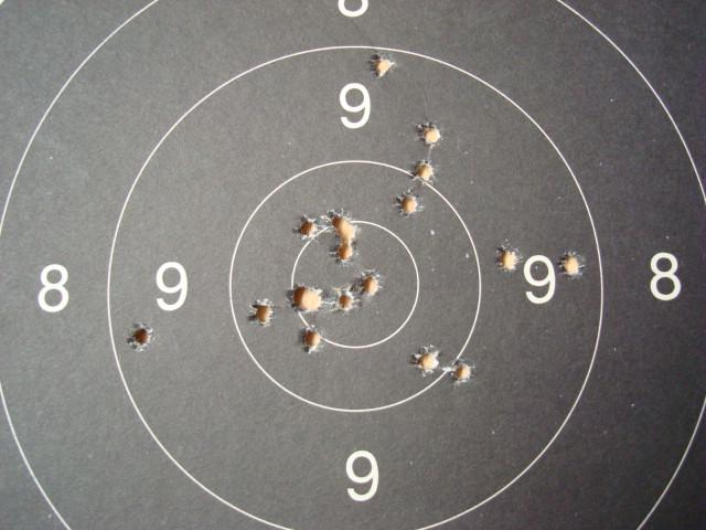 US Small Bore (22lr) History : Remington: 513 T, Mod 37, 40x  VS  Winchester 75, 52 Dsc00745