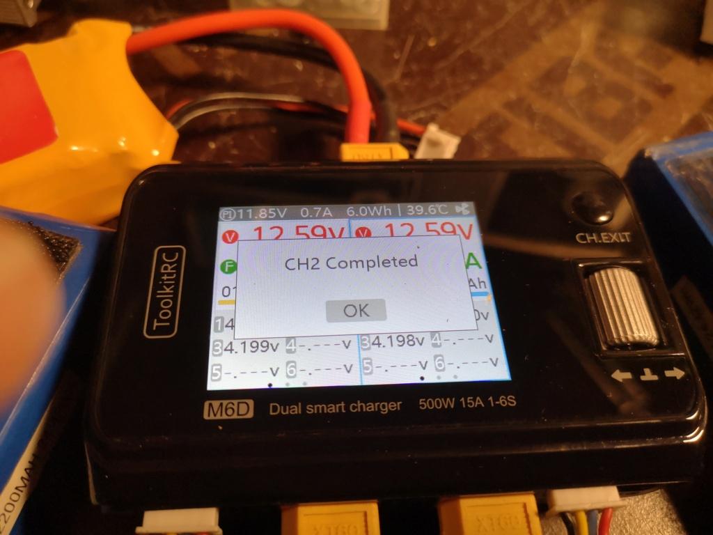Nouveau chargeur ToolKitRC M6D + alim 13.8V 500w Charge13