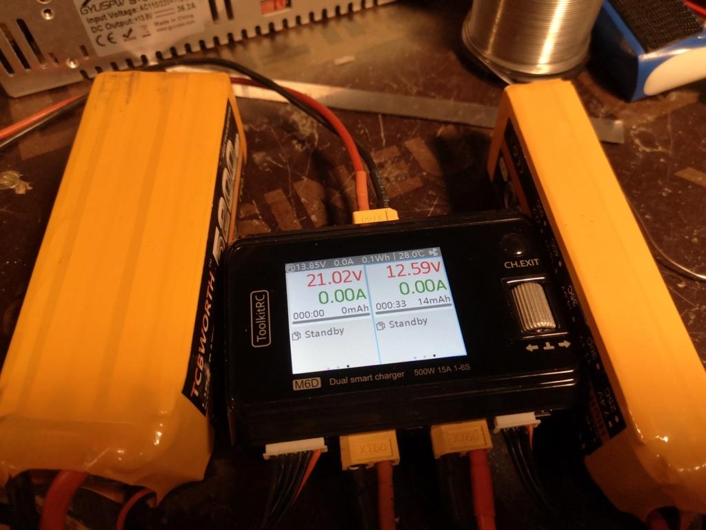 Nouveau chargeur ToolKitRC M6D + alim 13.8V 500w Charge20