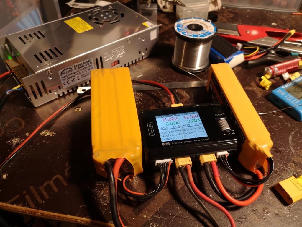 Nouveau chargeur ToolKitRC M6D + alim 13.8V 500w Charge21