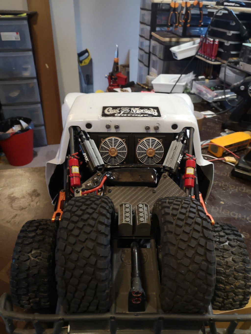 UDR 4000 Custom by Traxxas - Project Buil  UDR 4400-Inspired Race Rig Img_2010