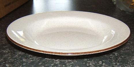 Unusually shaped Homestyle plate/dish Homest11
