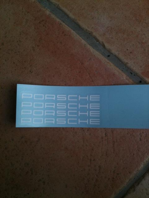 Pose d un stickers étrier de frein  211