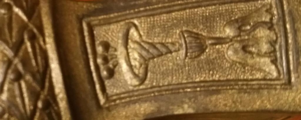 motif clavier épée 20200311