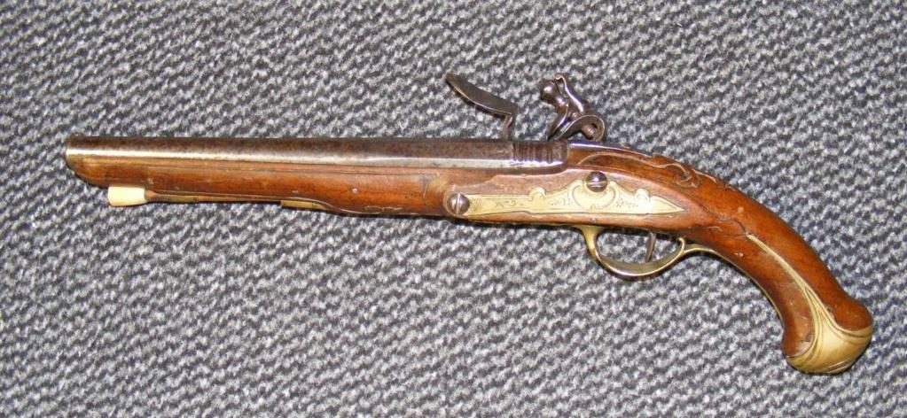 pistolet pré-réglementaire Dscf6210