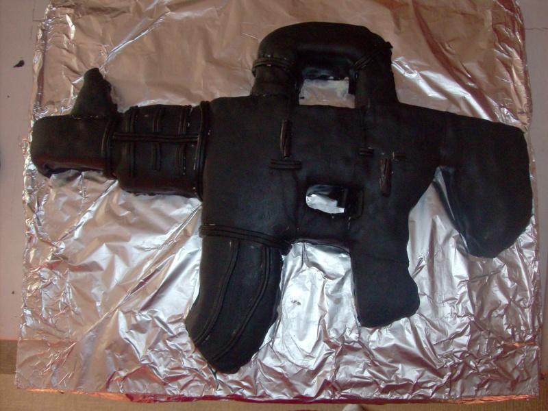 Militaire, insignes et armes à feu, fusils révolvers etc... 01211