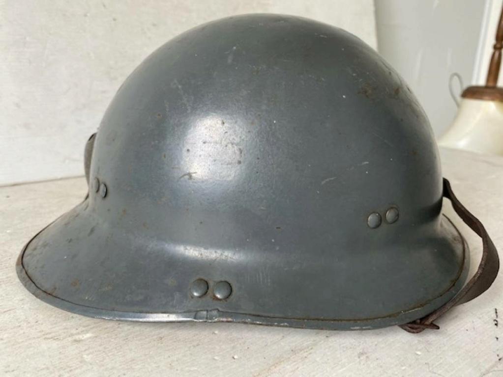 Un casque Modéle 26 de la Marine période libé ? H-800-10