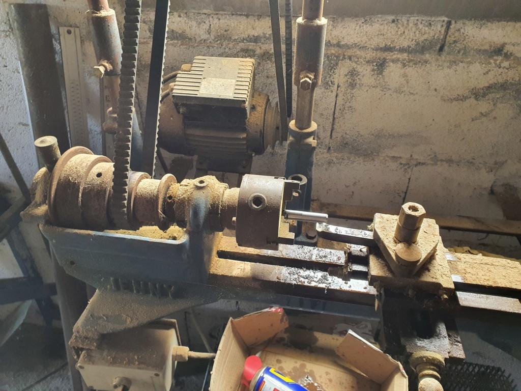 -2020-  Béquille atelier sur CRF 1100 20200410