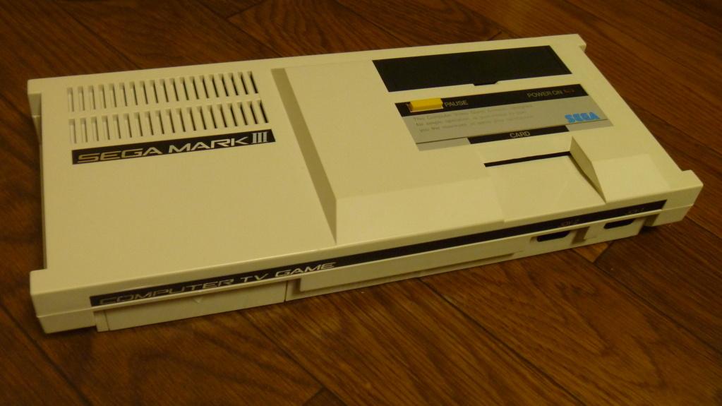 [Est] FM Unit en boite TBE et console MARK III etat neuf P1040311
