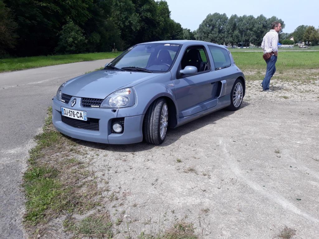 Cars & Coffee dans les Yvelines H1110