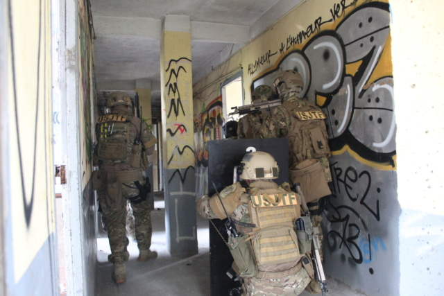 Les équipes Special Warfare INVEX Img_1611