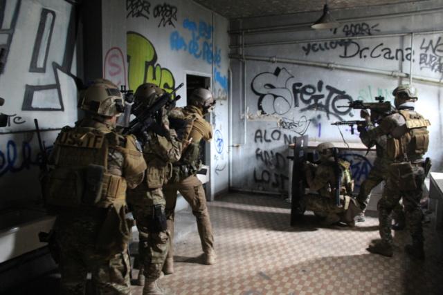 Les équipes Special Warfare INVEX Img_1612