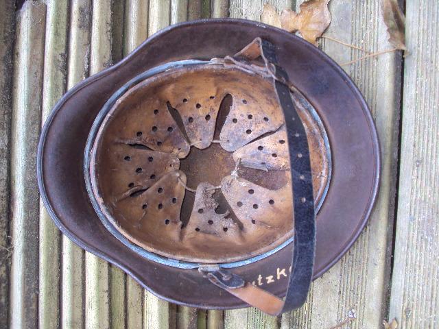 Les ( nos )casques de la Kriegsmarine Dsc02132