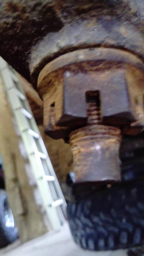 remplacement rotules de pivot wj Dsc_1022