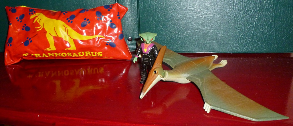 My Dinosaur figure collection: T-Rex Crayon Case & Dino-Riders! - Page 3 414