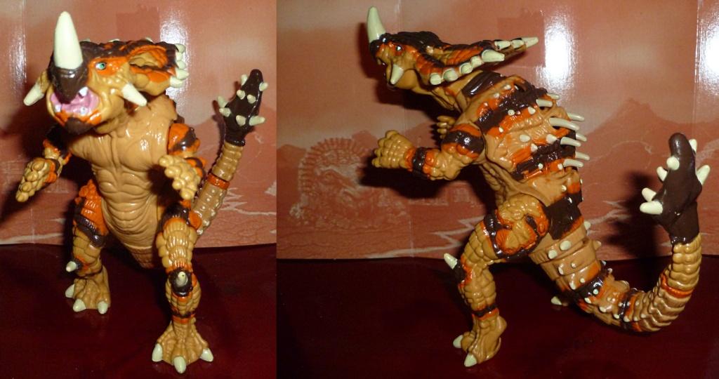 My Video Game Figures & Strategy Guides: Super Godzilla & Predator Games! Armado11