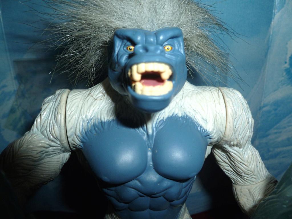 My Video Game Figures & Strategy Guides: Super Godzilla & Predator Games! Blizza11