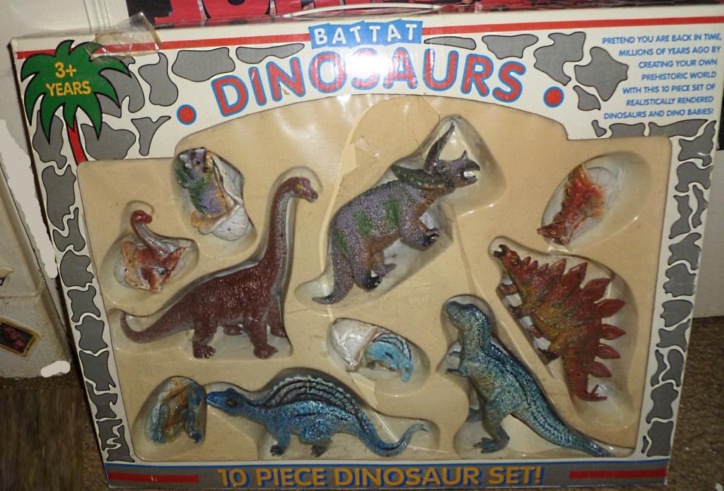 My Dinosaur figure collection: Battat 10 Dinosaur Set! - Page 3 Box_111