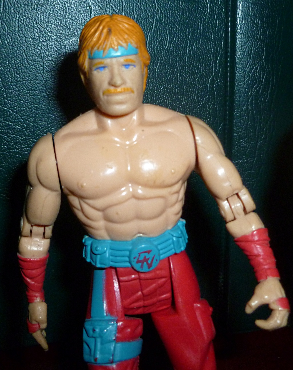 My VINTAGE Action Figure Collection: Gabara, The Mummy's Curse & More! - Page 2 Chuck_10